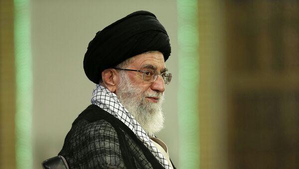 Líder supremo de Irán, el ayatolá Alí Jameneí - Sputnik Mundo