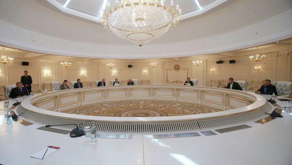 Reunión trilateral del Grupo de Contacto para el arreglo en Ucrania (archivo) - Sputnik Mundo