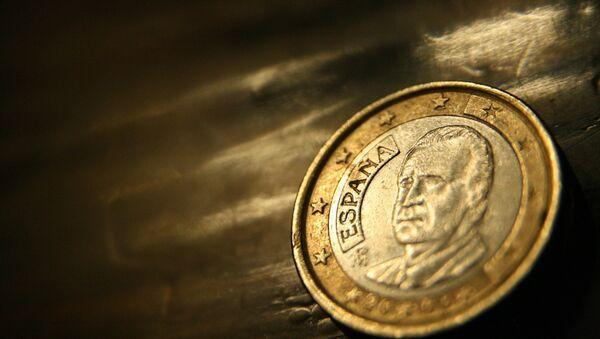 Las cajas de ahorro revisan al alza sus previsiones para la economía española - Sputnik Mundo