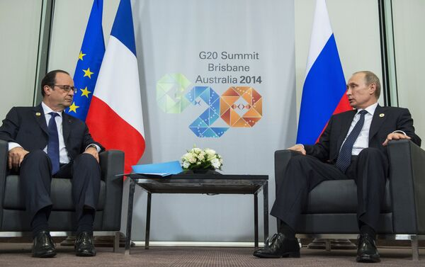 François Hollande, presidente de Francia, y Vladimir Putin, presidente de Rusia - Sputnik Mundo