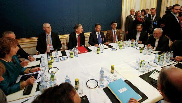El acuerdo sobre el programa nuclear iraní requerirá una resolución de la ONU - Sputnik Mundo