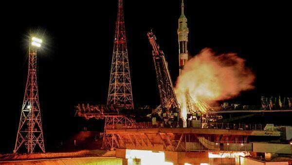El cosmódromo de Baikonour lanzará cohetes tripulados durante cinco años más, según experto - Sputnik Mundo