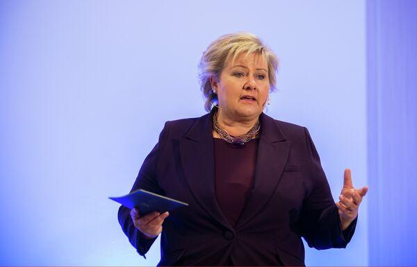 Erna Solberg, primer ministro de Noruega - Sputnik Mundo