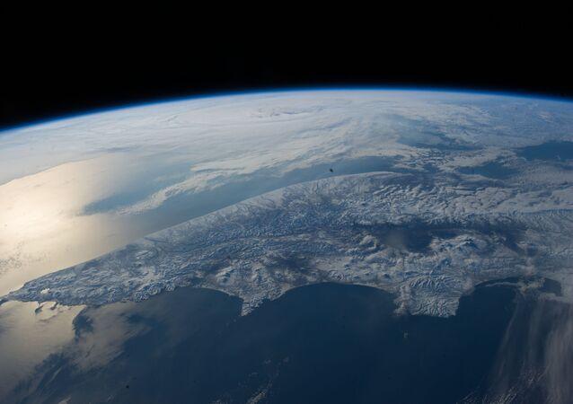 Tierra vista deste el cosmos (archivo)