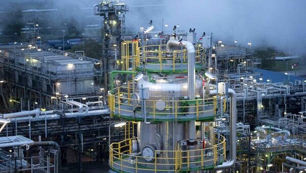La OPEP puede acordar producción de crudo en 2015, pero su precio seguirá bajando - Sputnik Mundo