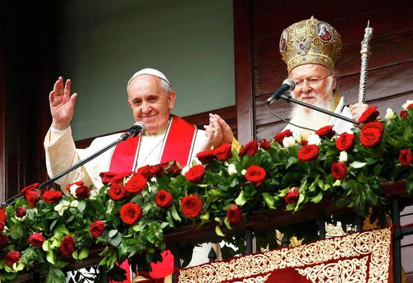 El papa Francisco y el patriarca de Constantinopla Bartolomé I - Sputnik Mundo