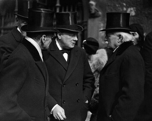 Winston Churchill y su Victoria - Sputnik Mundo