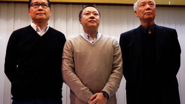 Chan Kin-man, Benny Tai, Chu Yiu-ming, fundadores del movimiento democrático de Hong Kong - Sputnik Mundo