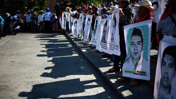 Imágenes de los desaparecidos de Ayotzinapa (archivo) - Sputnik Mundo