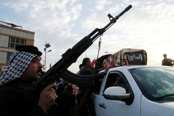Al menos nueve muertos debido a un ataque contra una comisaría en Irak - Sputnik Mundo