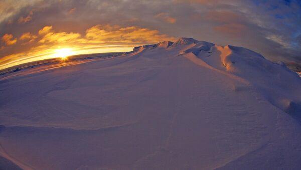 Rusia invita a técnicos extranjeros a su estación polar en el Ártico - Sputnik Mundo